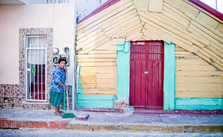 Woman Cleaning, Isla Mujerés, 2012